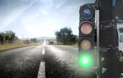 Indicatore luminoso verde fotografie stock