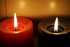 Indicatori luminosi caldi della candela Fotografia Stock