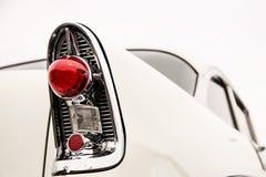 Indicatori luminosi classici della coda dell'automobile Fotografie Stock