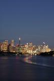 Indicatori luminosi della città di Sydney al crepuscolo Immagine Stock Libera da Diritti