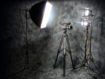 Indicatori luminosi dello studio e videocamera di Digitahi Fotografie Stock