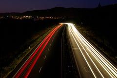 Indicatori luminosi fuori alla notte Fotografia Stock Libera da Diritti