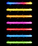 Indicatori luminosi variopinti al neon del laser illustrazione di stock
