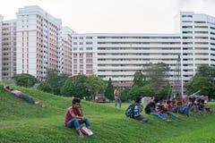 Indien-Arbeitskräfte in Singapur-Warteaufnahme Stockbild