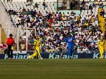 Indien kontra Australien syrsa Arkivfoton