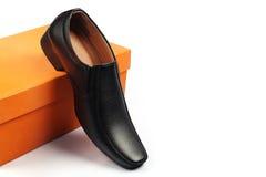 Indier gjord sko för man` s arkivfoton