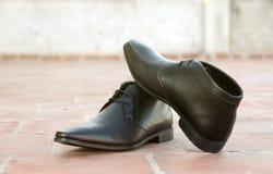 Indier gjorda skor för man` s royaltyfria bilder