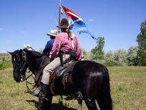Indiern spanar och USA-kavalleristen Royaltyfri Foto