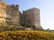 Indietro del castello di Ayasoluk in Selcuk vicino a Ephesus in tacchino fotografia stock libera da diritti