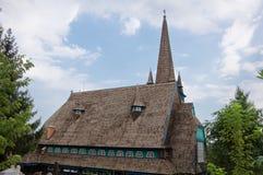 Indietro della chiesa di legno Immagini Stock