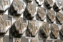 Indietro della costruzione scozzese del Parlamento Fotografie Stock