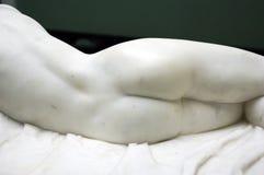 Indietro della statua di marmo di femine. immagine stock libera da diritti