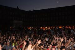 Indignados gaat zitten in de Majoor van het Plein, Madrid Stock Afbeelding