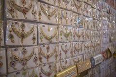 Indio oriental hermoso de la joyería del oro, árabe, egipcio Imágenes de archivo libres de regalías