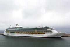 Indipendence van de Overzeese cruise dokte bij haven Royalty-vrije Stock Foto