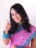 Indisch meisje dat uitdaging zegt stock foto's