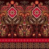 Indisch naadloos patroon Behang met Paisley Etnische stijl royalty-vrije illustratie