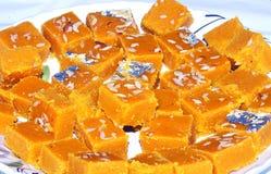 Indisch Traditioneel Dessert Besan Chakki stock foto
