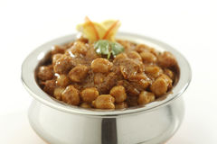 Indisch Voedsel Chana Masala in roestvrij staalpot w royalty-vrije stock foto's