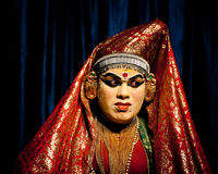 Indische acteur die de dansdrama uitvoeren van tradititionalkathakali Royalty-vrije Stock Foto's