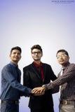 Indische Angestellte, die zusammenarbeiten Stockfoto