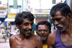 Indische Arbeitskräfte auf der Straße Lizenzfreies Stockbild