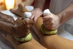 Indische Ayurvedic Massage Lizenzfreie Stockfotos