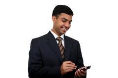 Indische bedrijfsmens die pda (5) gebruikt royalty-vrije stock foto's