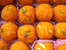 Indische Bonbons - Boondi Laddoo stockbild