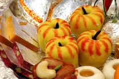 Indische Bonbons - Mithai Lizenzfreie Stockbilder