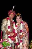 Indische bruid en bruidegom Stock Foto