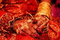 Indische bruids hand Royalty-vrije Stock Afbeelding