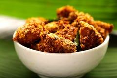 Indische cuisine- Heerlijke gebraden kip royalty-vrije stock fotografie