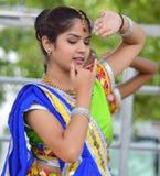 Indische Dencer bij de Markt van de Chinatownzomer royalty-vrije stock foto's
