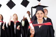 Indische gediplomeerde bij graduatie stock foto's