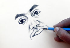 Indische Künstlerzeichnung mit Bleistift auf einem Papier ein Porträt des Mannes Stockfotografie