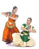 Indische klassieke vrouwelijke dansers Stock Afbeeldingen