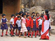Indische Kursteilnehmer und Lehrer Stockbild
