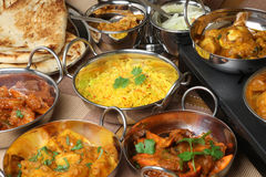 Indische Nahrung, Curry-Bankett-Auswahl stockbilder