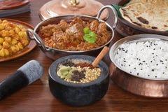 Indische Nahrungsmittellamm Rogan Josh Curry-Gewürz-Auswahl Stockfoto