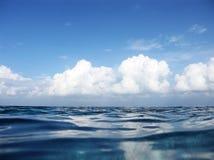 Indische Oceaan en Wolken Royalty-vrije Stock Afbeelding