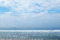 Indische Oceaan in kalm weer Stock Foto's