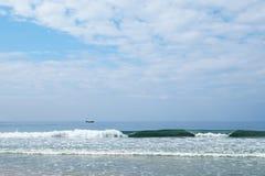 Indische Oceaan kleine boten op de horizon Stock Afbeelding