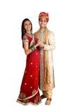 Indische Paare in der traditionellen Abnutzung. Lizenzfreie Stockbilder