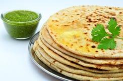 Indische Parantha (gevuld Indisch brood) stock fotografie