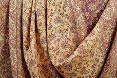 Indische pashminasjaal met traditioneel patroon stock foto