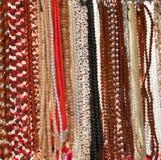 Indische Perlen im lokalen Markt in Pushkar. Stockfoto