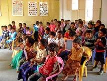 Indische schooljongens Stock Afbeeldingen