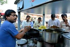 Indische Snack op Straat, Jaipur Royalty-vrije Stock Afbeelding