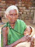 Indische stammengrootmoeder en kleinzoon Stock Foto